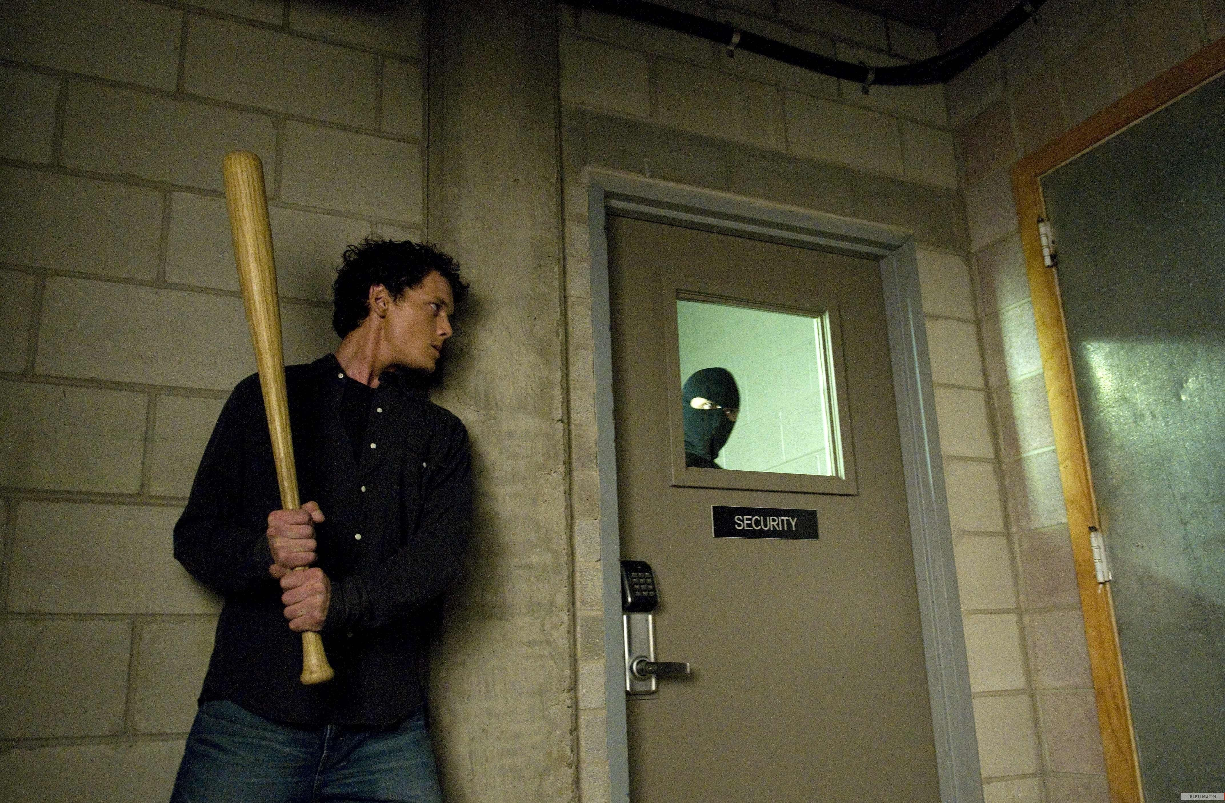 Is é 'Odd Thomas' Comic Book Twaddle That Defies Analysis